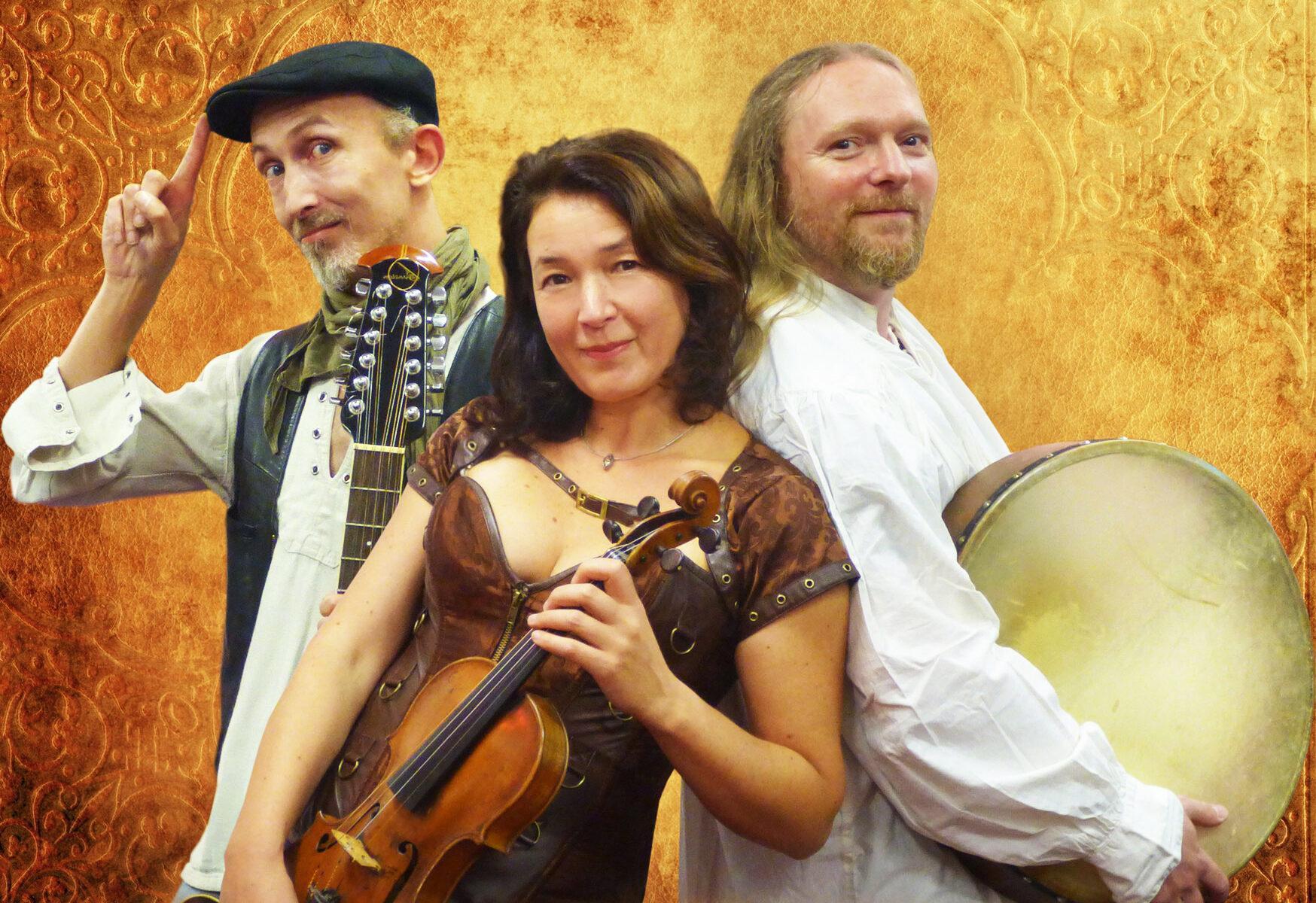 Pangea Trio